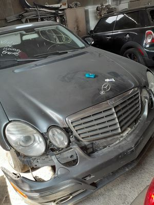 2008 E350 Mercedes for parting out for Sale in Los Angeles, CA