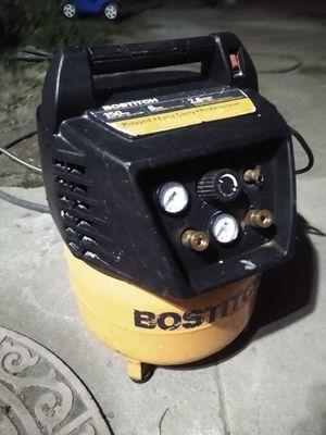 Compressor Bostitch 6 galones for Sale in Compton, CA