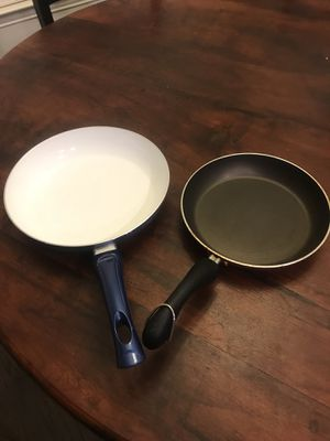 New Bialetti 10 Inch Blue Ceramic Frying Sauté Pan & Used 8 Inch Pan for Sale in Round Rock, TX