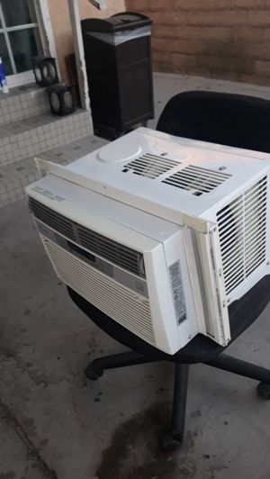 Ac unit frigidaire for Sale in Los Angeles, CA