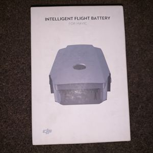 DJI INTELLIGENT FLIGHT BATTERY FOR MAVIC || DRONE for Sale in Compton, CA
