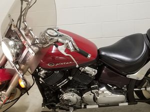 Motorcycles Yamaha v star 650cc. Del 2000 for Sale in Sudley Springs, VA