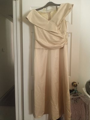 Gold long wedding dress size 12 for Sale in Brentwood, CA