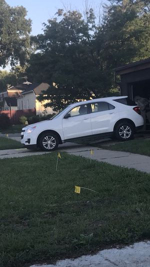 2015 Chevy Equinox bought a few months ago literally nothing wrong with it except the crack in the windshield (not major) I just got a new car and I for Sale in US
