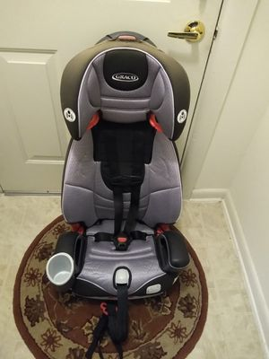 Two Used baby Graco car seat 3 in1 headrest goes up and down wash and clean 110.00 top a little faded but still good are both for 200.00 for Sale in Germantown, MD