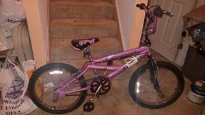 Like new pink BMX style Mongoose trick bike. for Sale in Upper Marlboro, MD