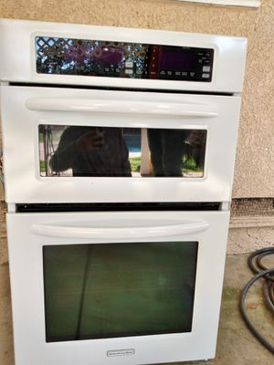 Oven/ microwave kitchenAid for Sale in Fresno, CA
