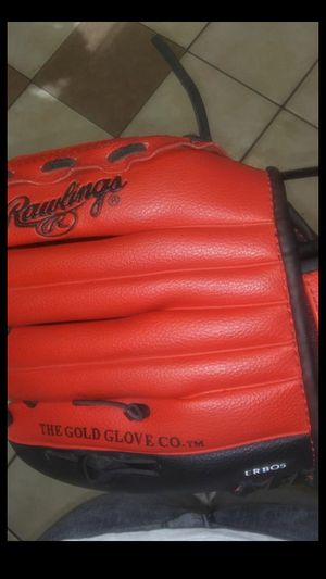 Rawlings Youth baseball glove for Sale in Modesto, CA