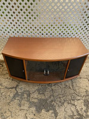 Tv stand 42.5 width 20.5 depth 21 height - You pickup in DHS for Sale in Desert Hot Springs, CA