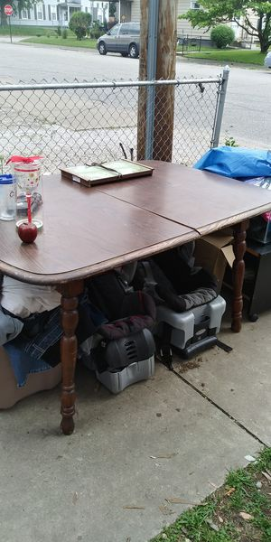 Kitchen Table for Sale in Evansville, IN