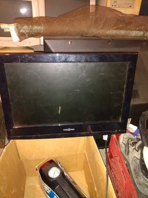 13 inch TV/DVD combo for Sale in Harrisburg, PA