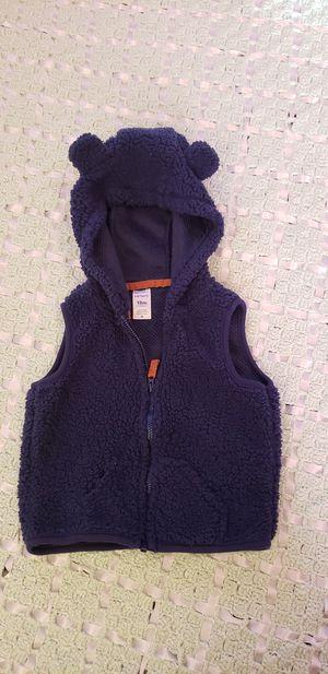 Baby boy fuzzy vest sz 18m for Sale in Lancaster, CA