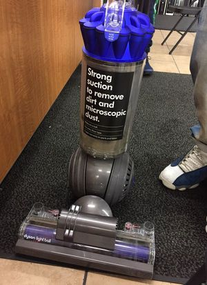 Dyson Light Ball Vacuum... BRAND NEW for Sale in Las Vegas, NV