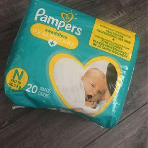 Newborn , Pampers (20) for Sale in Pico Rivera, CA