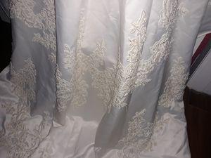 Wedding dress for Sale in Hatboro, PA