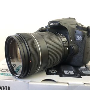 CANON 60D KIT WITH LENS 18-135mm for Sale in Chula Vista, CA