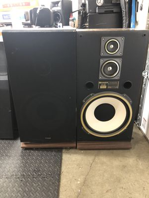 Fisher STV-884 Speakers (Pair) for Sale in Carnation, WA