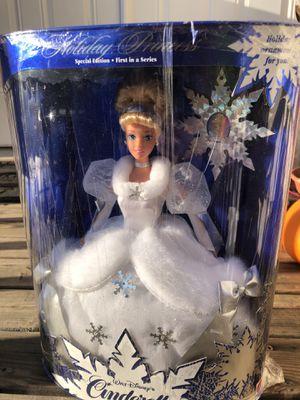 1995 Disney Cinderella Holiday Barbie NIB for Sale in Bonney Lake, WA