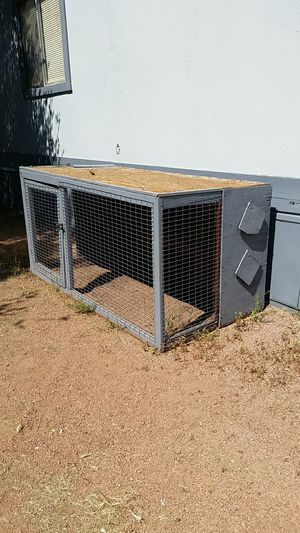 r2 hen chicken coop free free free for Sale in Payson, AZ