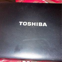 Computadora TOSHIBA for Sale in Riverside,  CA