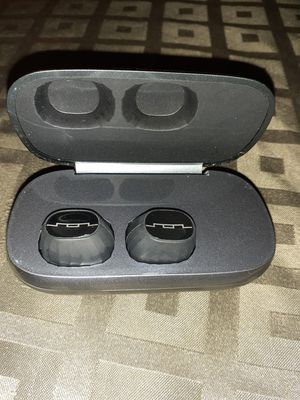 Sol Republic BT wireless headphones for Sale in Tucson, AZ