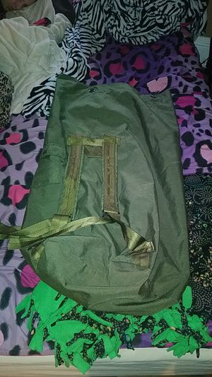 Army duffle bag asking $25 for Sale in Norfolk, VA