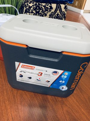 Coleman xtreme 3 cooler - 28 qts for Sale in Davie, FL