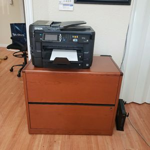 2 Drawer Wood Filing Cabinet for Sale in Edgewood, FL