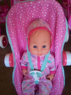 Jumbo baby with car seat located in Palmdale California for Sale in Palmdale, CA