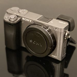 Sony a6000 Graphite Edition for Sale in Mesa, AZ