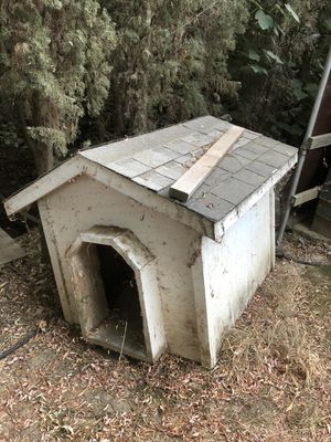 Dog house kennel built by contractor for Sale in Citrus Heights, CA