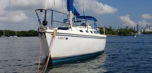 1987 Catalina Sailboat 34ft for Sale in Miami, FL