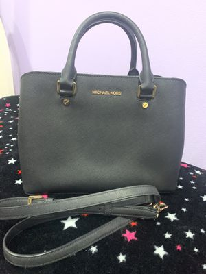 Mk bag (used twice) for Sale in Los Angeles, CA