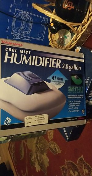 Humidifier elm/church for Sale in Fresno, CA