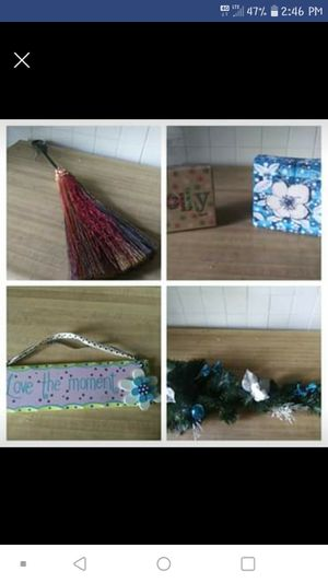 Decorative Fall Items, collective plaque and gift boxes!! for Sale in Pine Bluff, AR