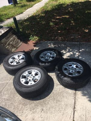 2008 Tacoma TRD wheels and tires for Sale in Largo, FL