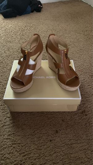Damita wedge leather Michael kors for Sale in Pride, LA