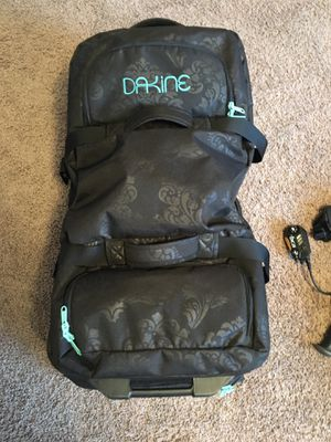 XL Dakine 110L rollerbag luggage for Sale in Vancouver, WA