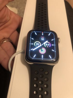 Brand new Apple Watch stainless steel series 5 44mm for Sale in Norman, OK
