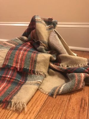 Plaid scarf. for Sale in St. Louis, MO