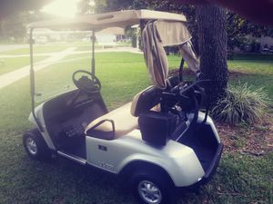 12 EZGO TXTs GOLF CARTS W NEW BATTERIES!!! for Sale in Lady Lake, FL