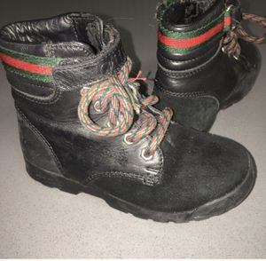 Kids Gucci suede Trento boots for Sale in Baldwin Hills, CA