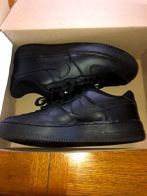 Nike Air Force ones used size 5 1/2 youth for Sale in Los Angeles, CA