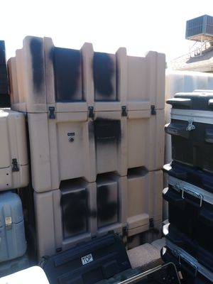 Large Tan Zero Shipping and Storage Case with Forklift Wells for Sale in Peoria, AZ