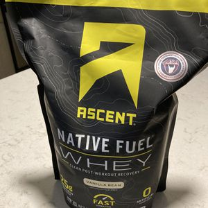 Ascent Whey Protein Vanilla (FREE) for Sale in Newton, MA