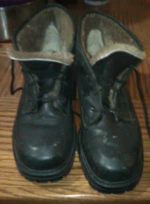 Winter Boots for Sale in Smithville, TN