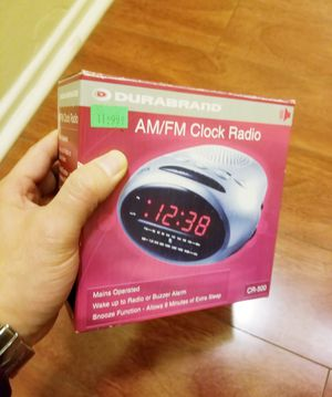 Durabrand alarm clock radio for Sale in Los Angeles, CA