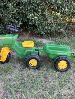 John Deer Tractor With Trailer for Sale in Jurupa Valley,  CA