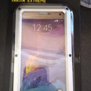 New Cell Cover For a Note 5 Cell Phone Cost $80.00 Sell For $20.00 for Sale in Henderson, KY