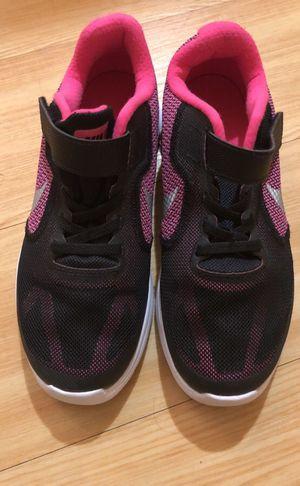 Nike sneakers size 2.5Y kids for Sale in Boston, MA